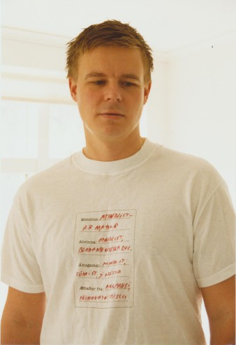 Discussion T-shirt ( 2003)